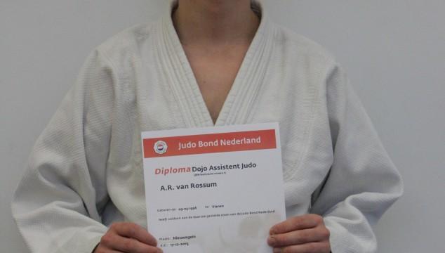 Arjan heeft zijn DojoAssistent diploma!